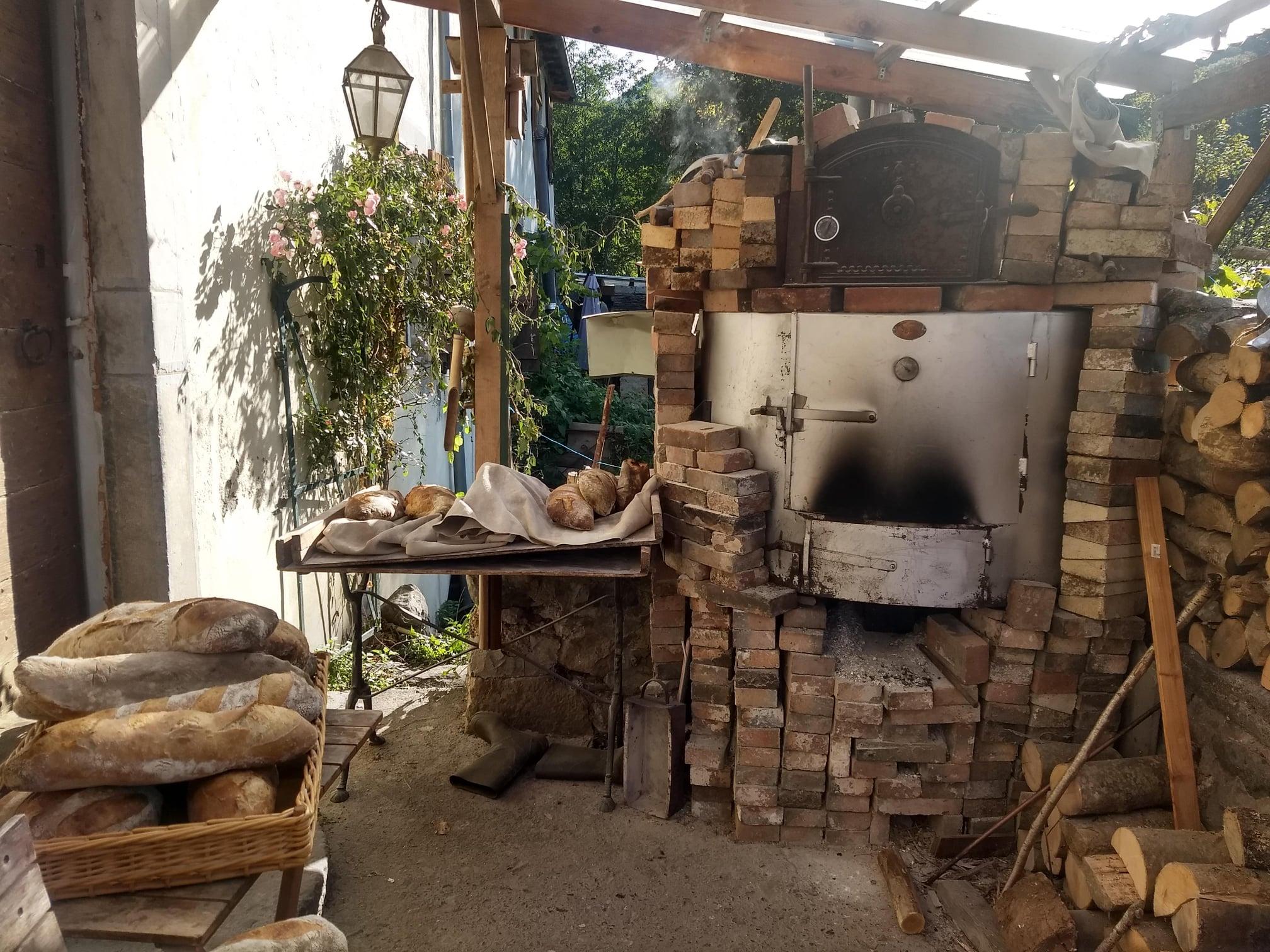 Four à pain au Moulin d'Orcun