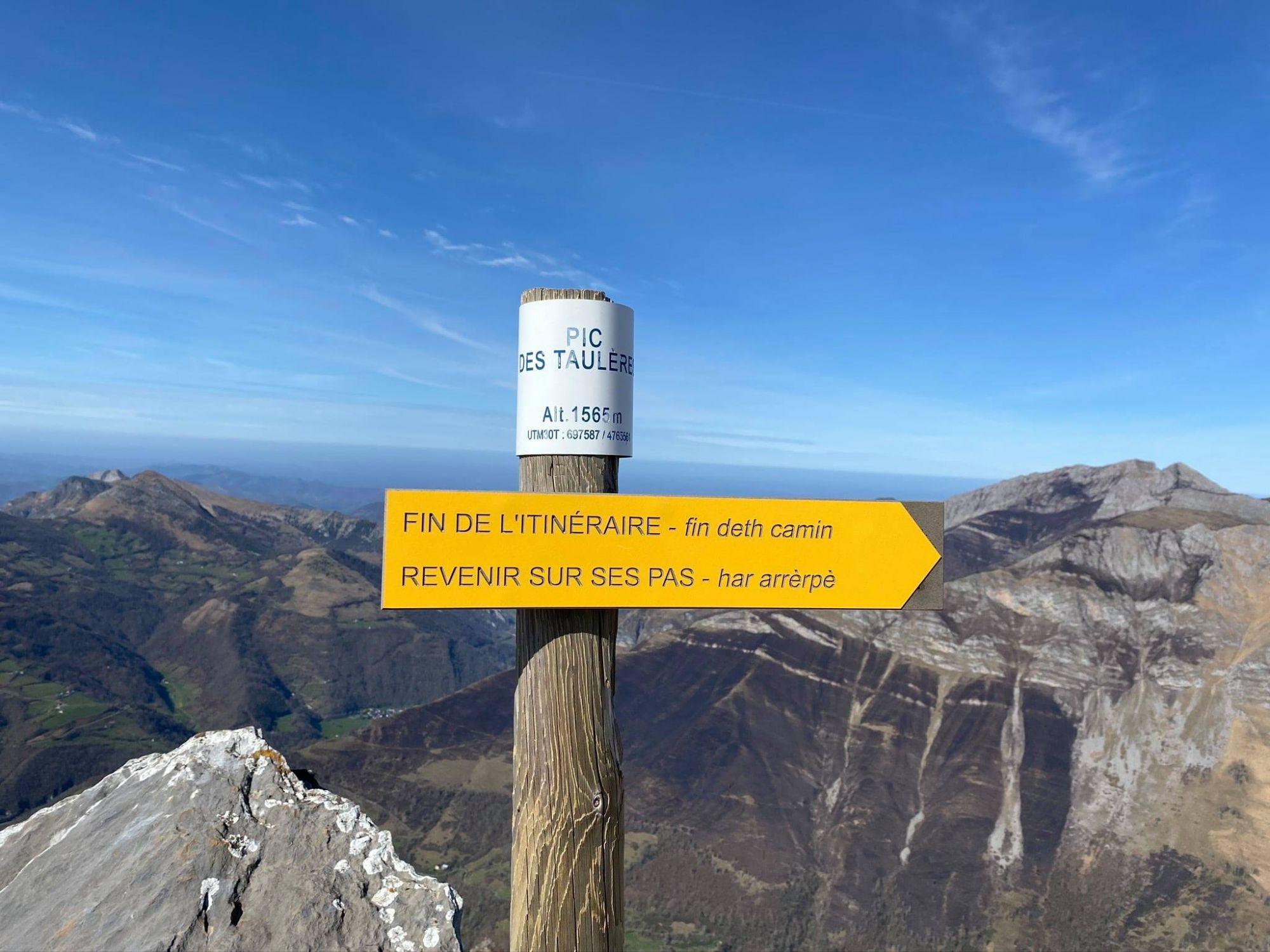 Le Pic des Taulères offre un fabuleux panorama à 360° !